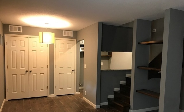 APARTMENTS NEAR TULSA PEARL DISTRICT - 1 BED / 1 BATH starting at $525 per month