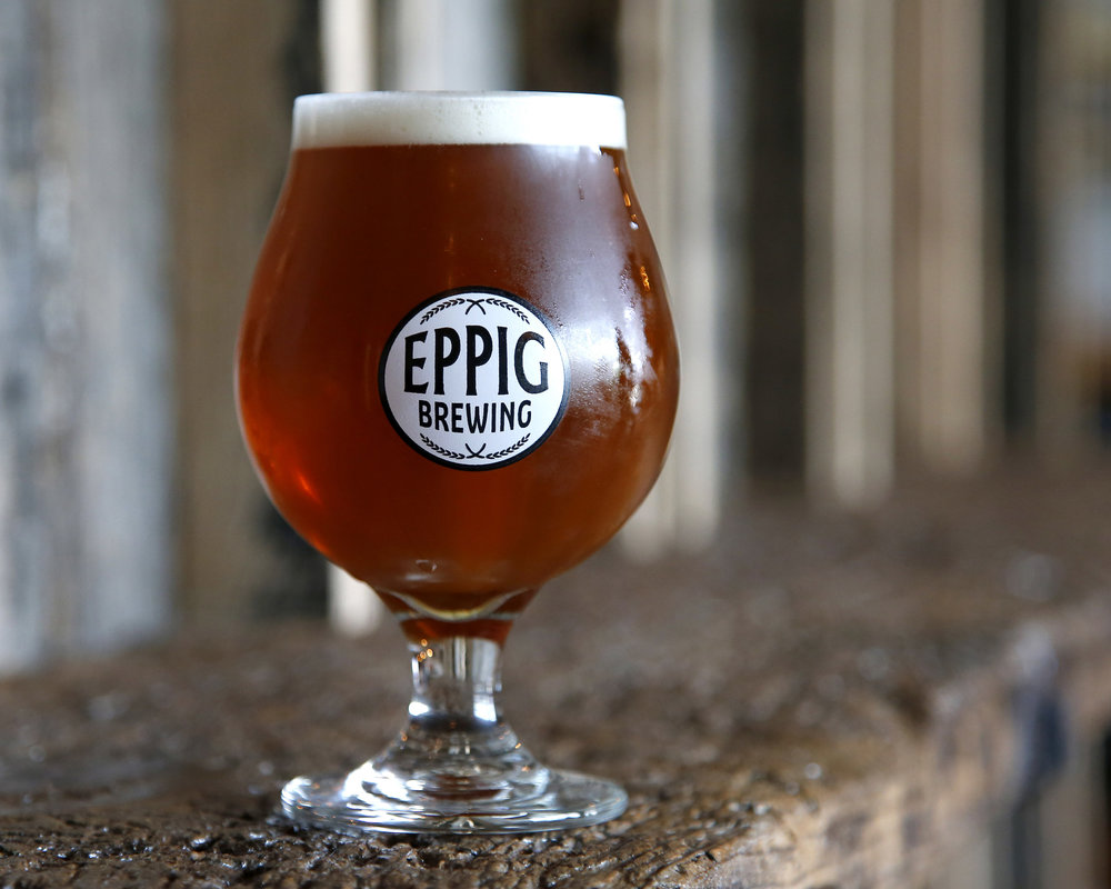 10:45 to denver IPA ABV 7.0%  IBU 50 Resinous dankiness with citrus notes lead this hop forward IPA made with Mosaic and Cascade.