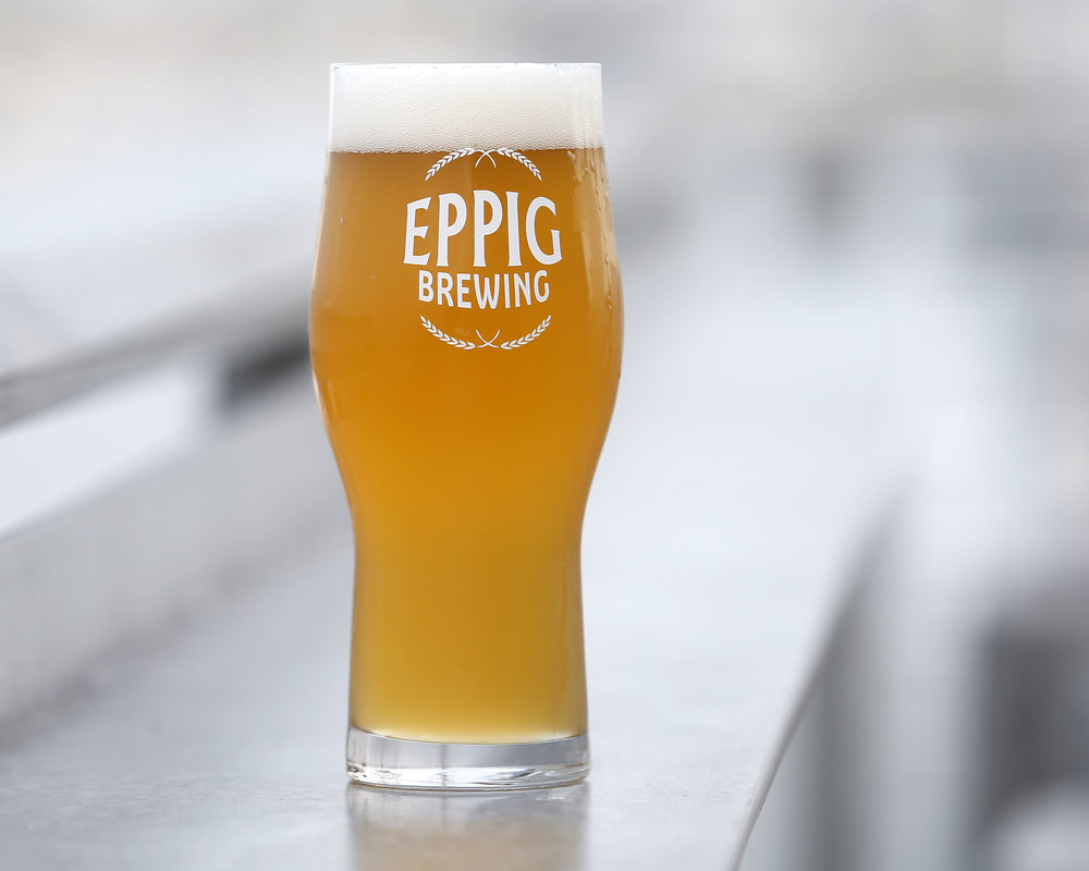 GRAVITY HEIGHTS COLLAB!  SIMCOE DRYHOPPED ZWICKELBIER    ABV 6.0%  The nose is all classic Simcoe with big notes of passion fruit, citrus and light pine. The flavor is balanced and complex. Cracker-like malt, faint earthiness and a soft yeast character play in unfiltered harmony.