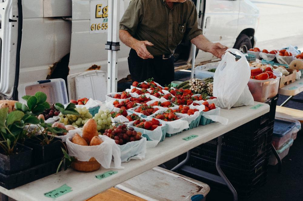 Wendling_Boyd_Terra_Square_Farmers_Market-19.jpg