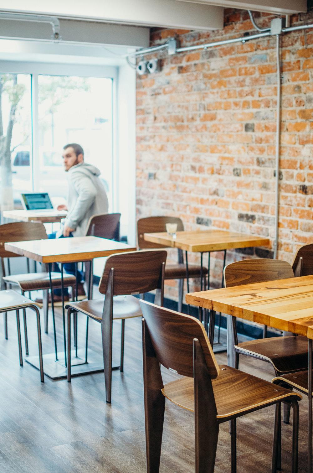 Wendling_Boyd_Foster_Flint_Fwrd_Coffee_Shop-2.jpg