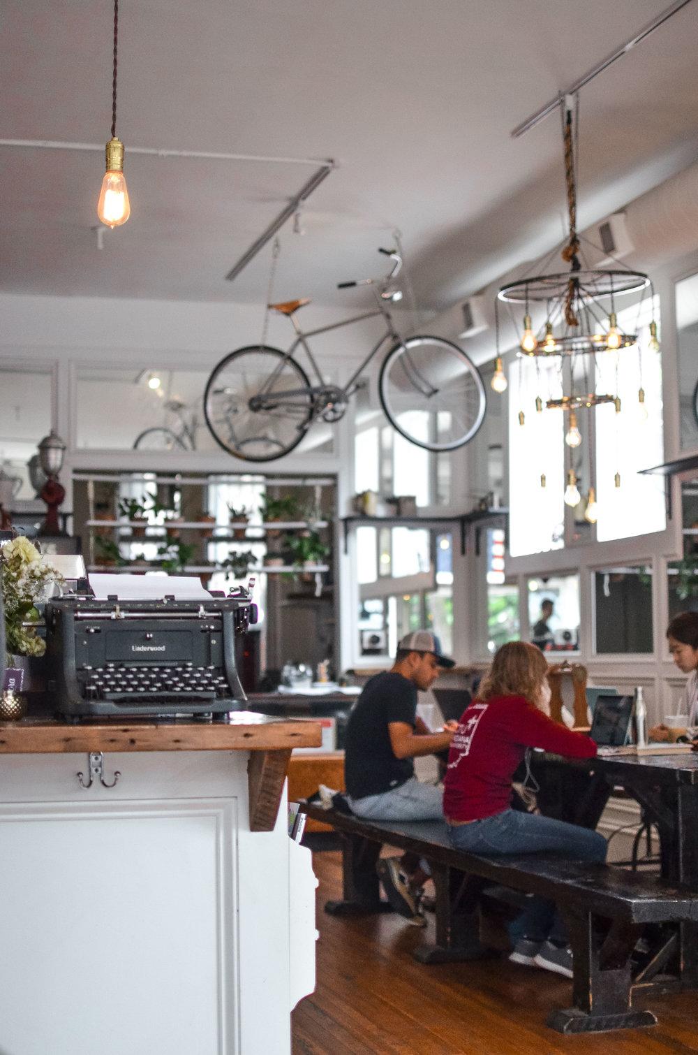 Wendling_Boyd_Heritage_Bicycle_Coffee_Chicago-18.jpg