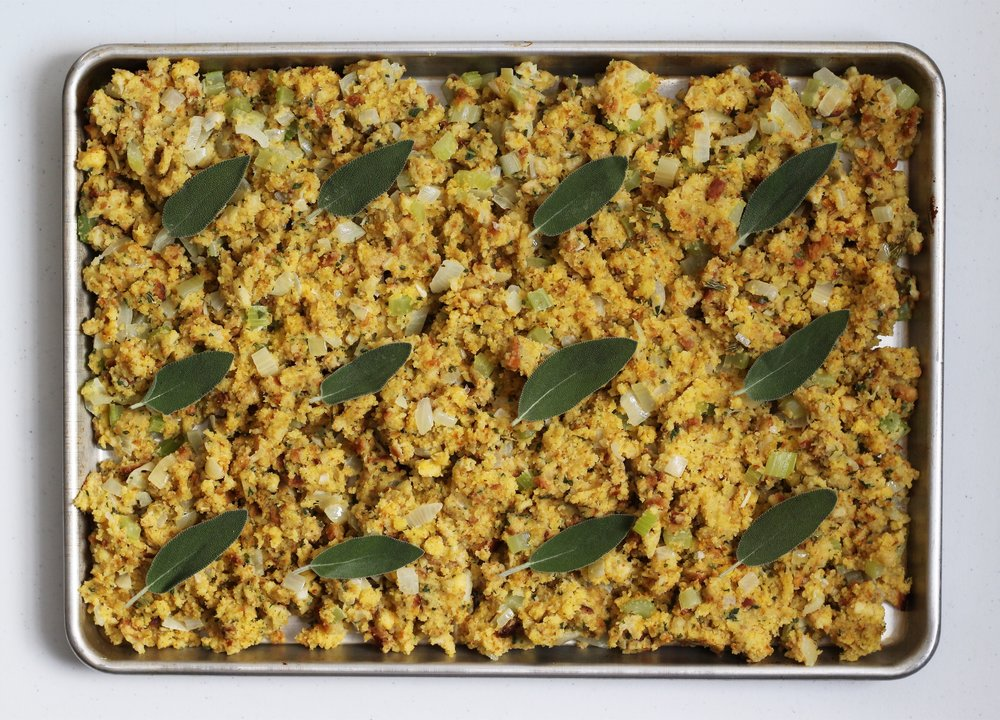 sheet-pan-cornbread-stuffing.jpg