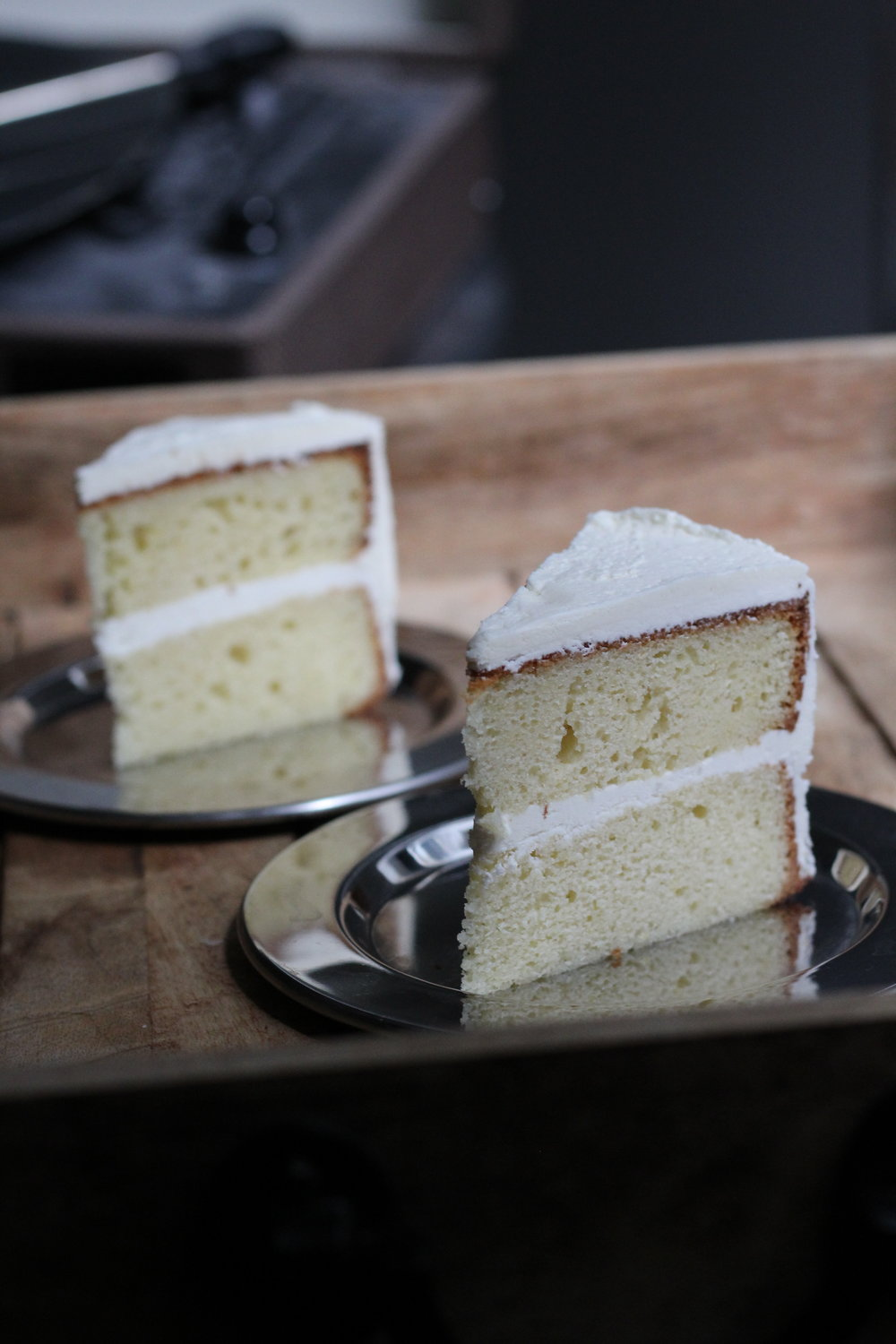 sunflower-cake-with-coconut-ermine-buttercream.jpg