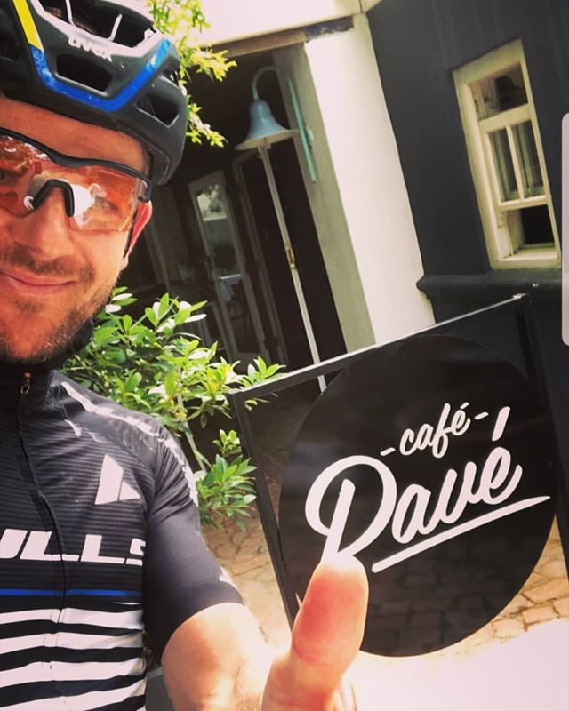 Great having @karlplatt1403 and @alban_lakata of @bullsbikes pull in whilst doing some fine-tuning before @capeepic . Word is that Karl will be going for our Strava Hillclimb record after the Epic. Good luck guys!  #capeepic #cafe #cafelife #cycling #race #bulls