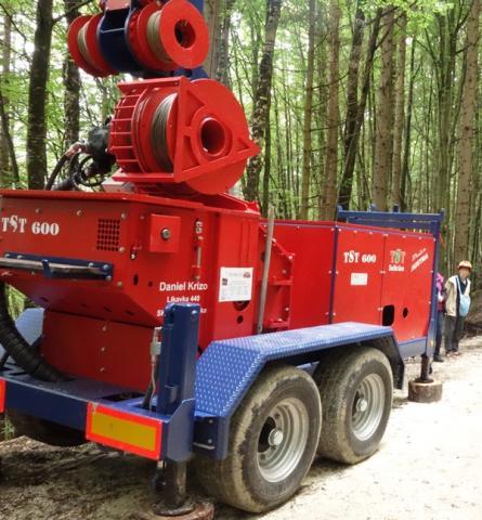 TST 600 Anhängerversion / on trailer