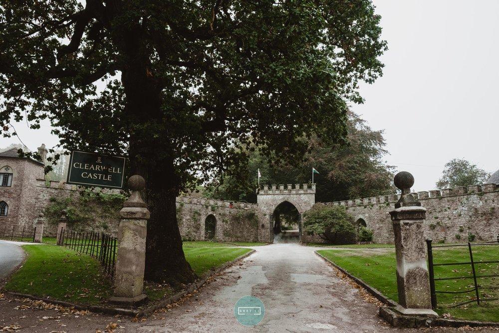Clearwell Castle Wedding Photographer-001-XPRO3664.jpg
