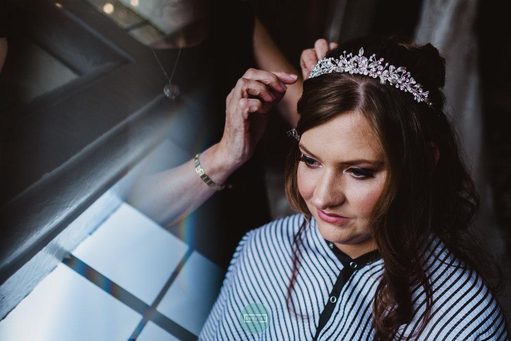 Clearwell Castle Wedding Photographer-018-AXT29998.jpg