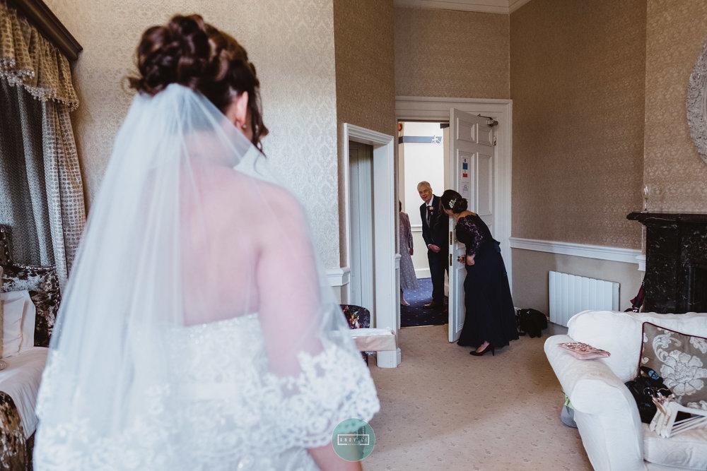 Clearwell Castle Wedding Photographer-029-XPRO3700.jpg