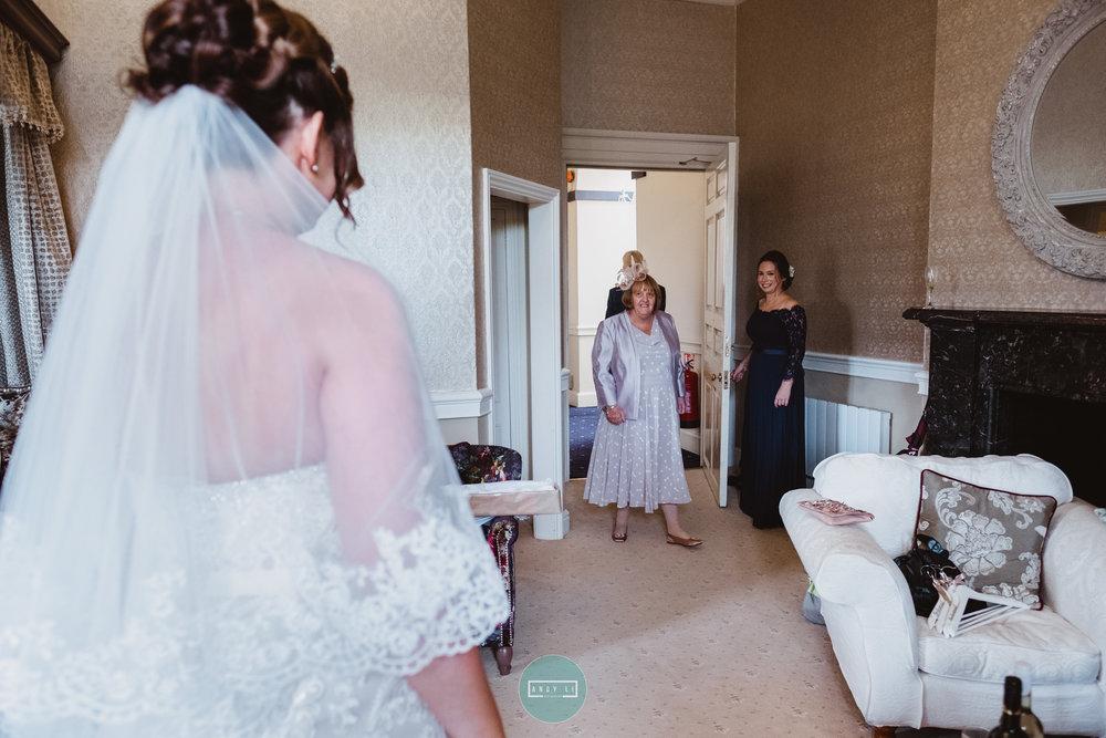 Clearwell Castle Wedding Photographer-030-XPRO3703.jpg