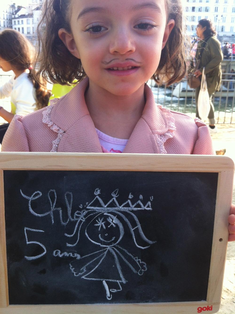 Chloé 5 ans veut s'améliorer en danse