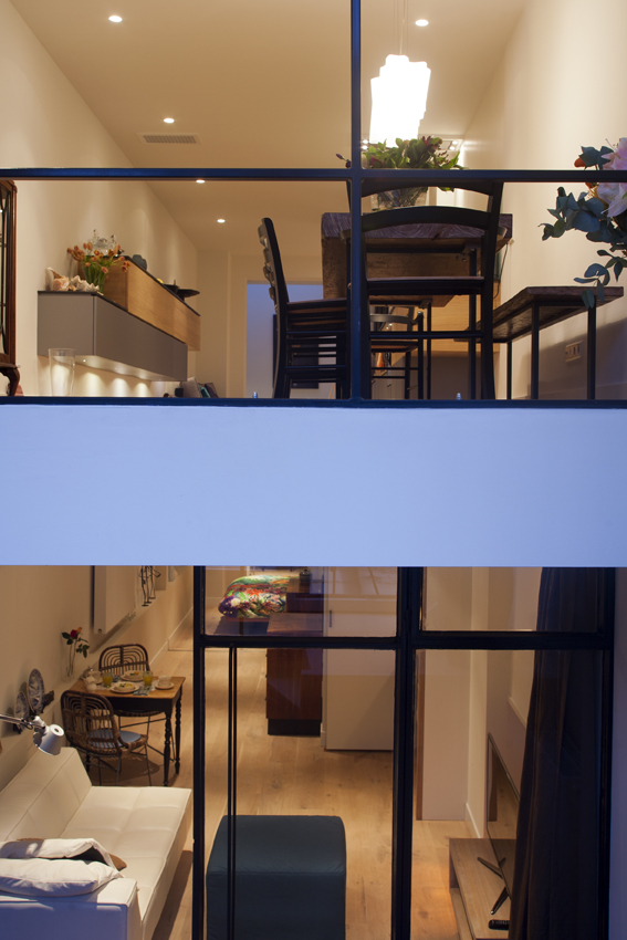 Two in one. Bed and breakfast in an old house in the centre of Amsterdam.   Completed September 2014