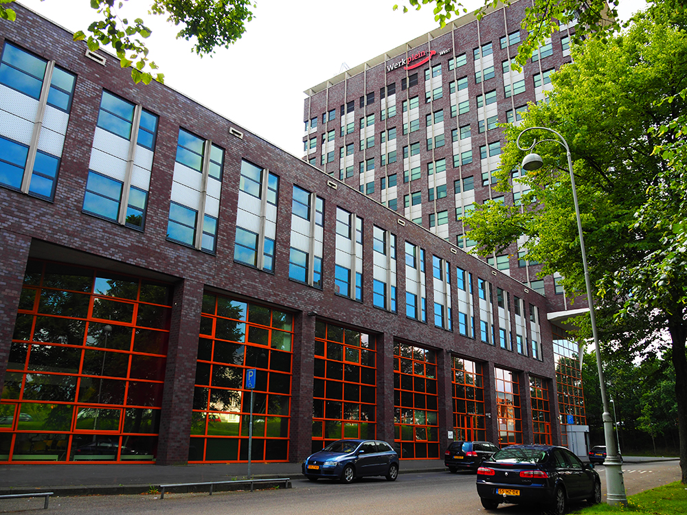 Office building Triade, Jan van Galenstraat 323 Amsterdam     From October 2015 will Reintegration Corporation Amsterdam (RBA) to move into Triade. The new building will consist of a public hall, approximately 1250 m2 on the ground floor and an office area of approximately 1900 m2 on the floors.    Completion October 2015.