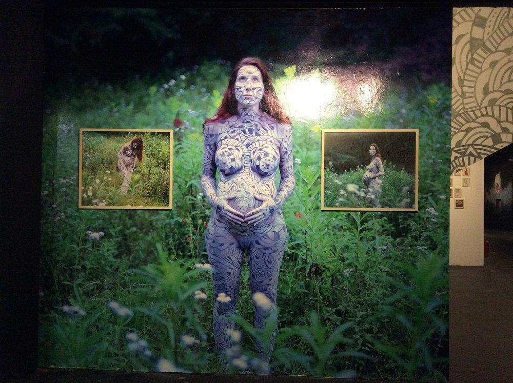 """""""Matrioska""""   Body Paint de Agustin Santoyo  Fotografías de Cassandra Galloti"""