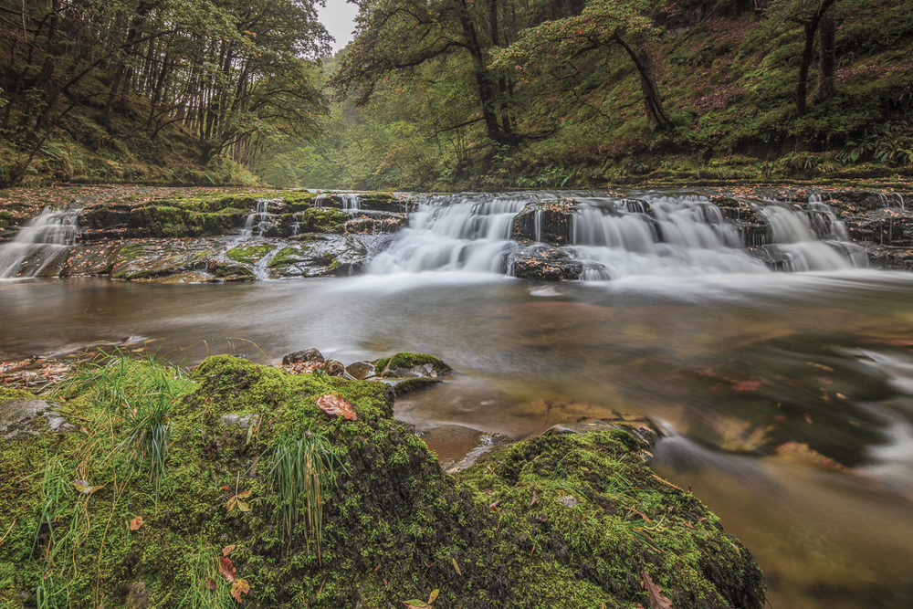 The Hoseshoe Falls in the Brecon Beacons. Canon 5Dmk2, 15 Seconds @ f13, ISO 100, TS-E 17mm, Lee Filters, 0.6ND Grad and 0.6 Soft Grad.