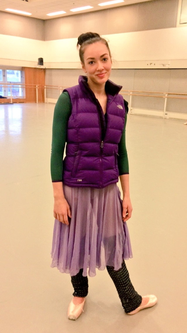 TIERNEY IS WEARING    GILLET-   http://m.thenorthface.co.uk
