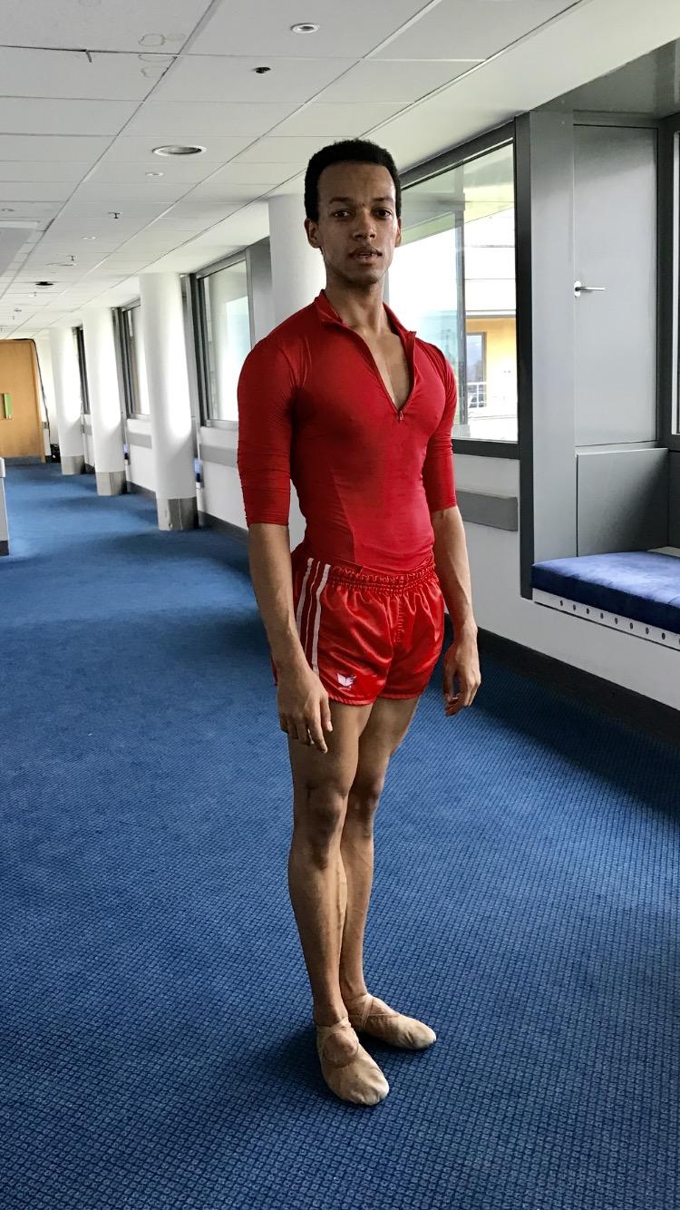 Solomon in bright reds