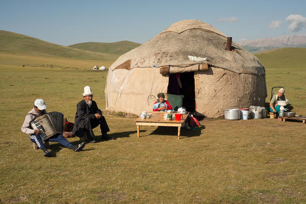 nomads-11.jpg