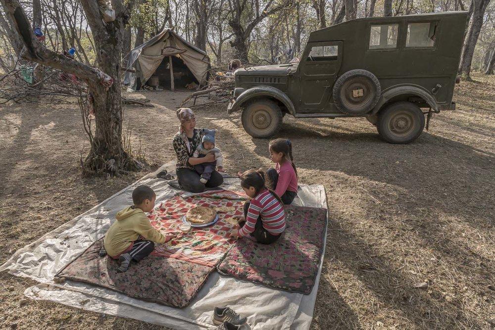 kyrgyzstan-arslanbob-walnut-pickers-camping-family-tea-picnic-jo-kearney-video-photography.jpg
