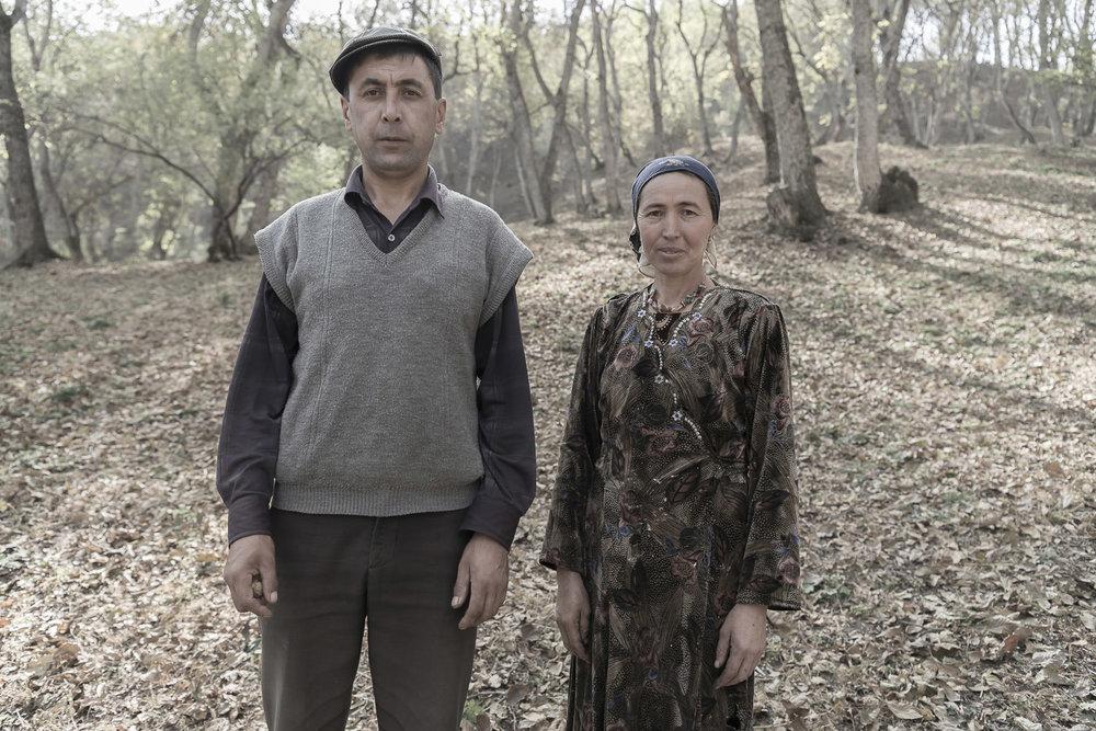 walnut-pickers-portrait-husband-and-wife-arslanbob-kyrgyzstan-jo-kearney-photography-video.jpg
