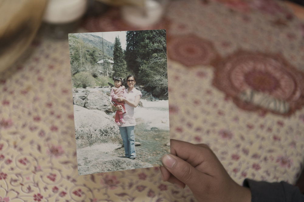 Kyrgyzstan-migrant-workers-grandparent-carers-photograph-mother-jo-kearney-photography-video.jpg