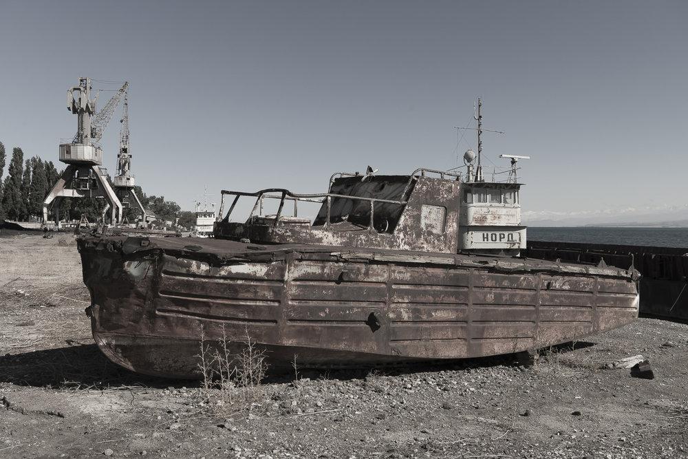 kyrgyzstan-jo-kearney-soviet-union-rusting-boat-oldshipyard-industrial-ruins-Balykchy.jpg