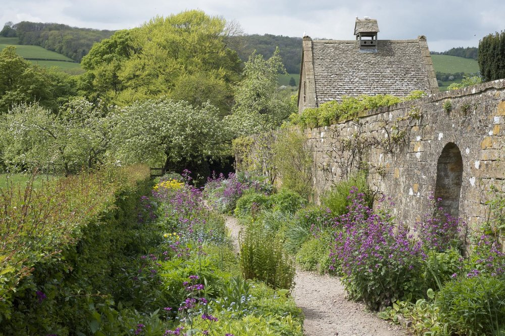Snowshill-garden-summer-Gloucestershire-Jo-Kearney-photos-landscape-photography-video-landscapes.jpg