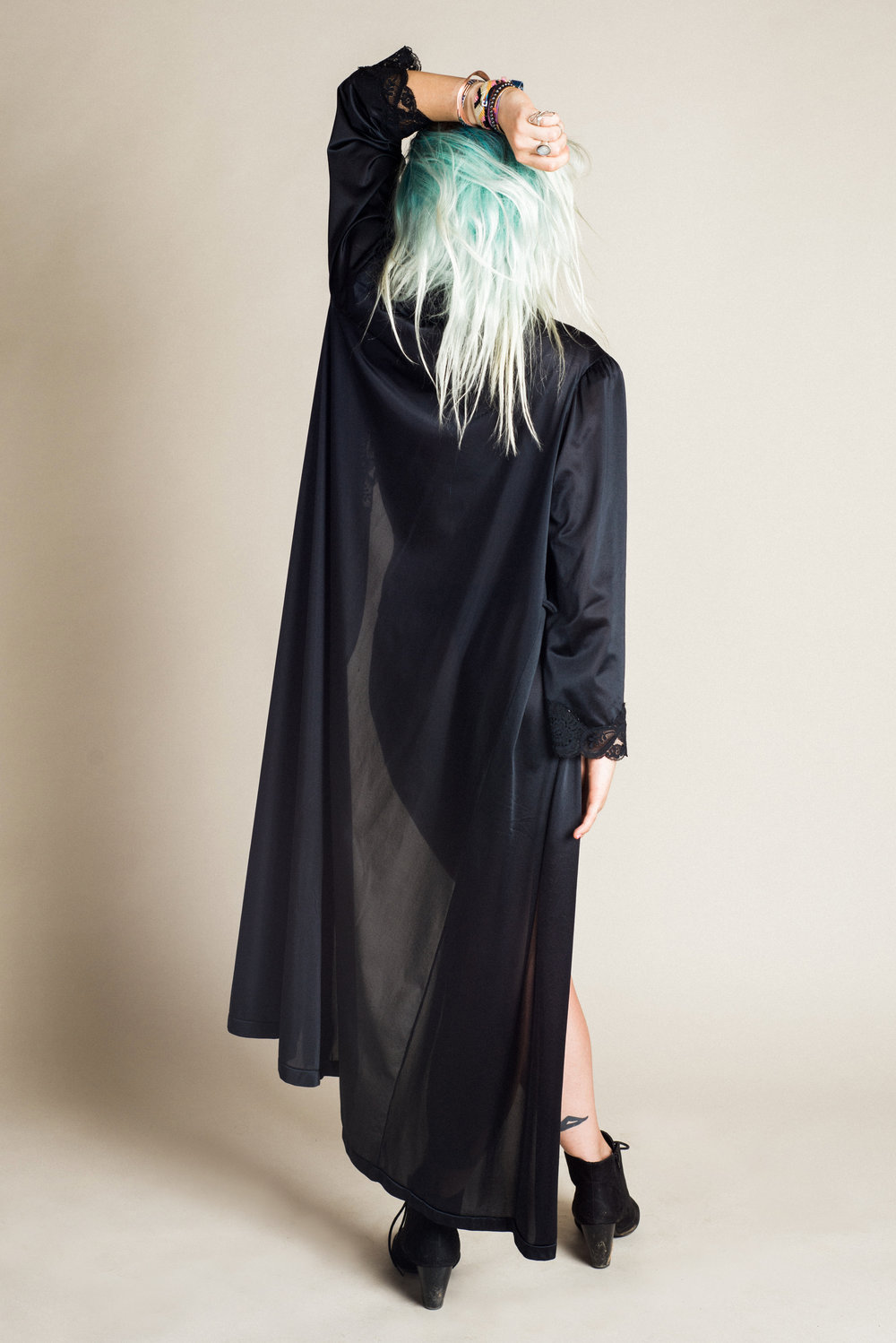 Black Robe (S-L) | Modeled by Sarah