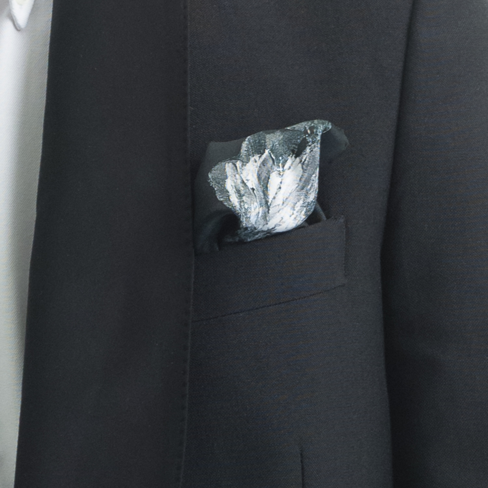 'SPRINGING TULIPS V', SILK TWILL POCKET SQUARE, DETAIL