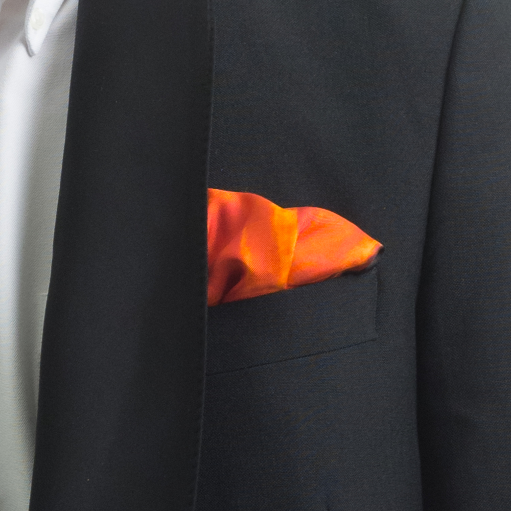 'MAD RED FLOWERS IX' SILK TWILL POCKET SQUARE, DETAIL