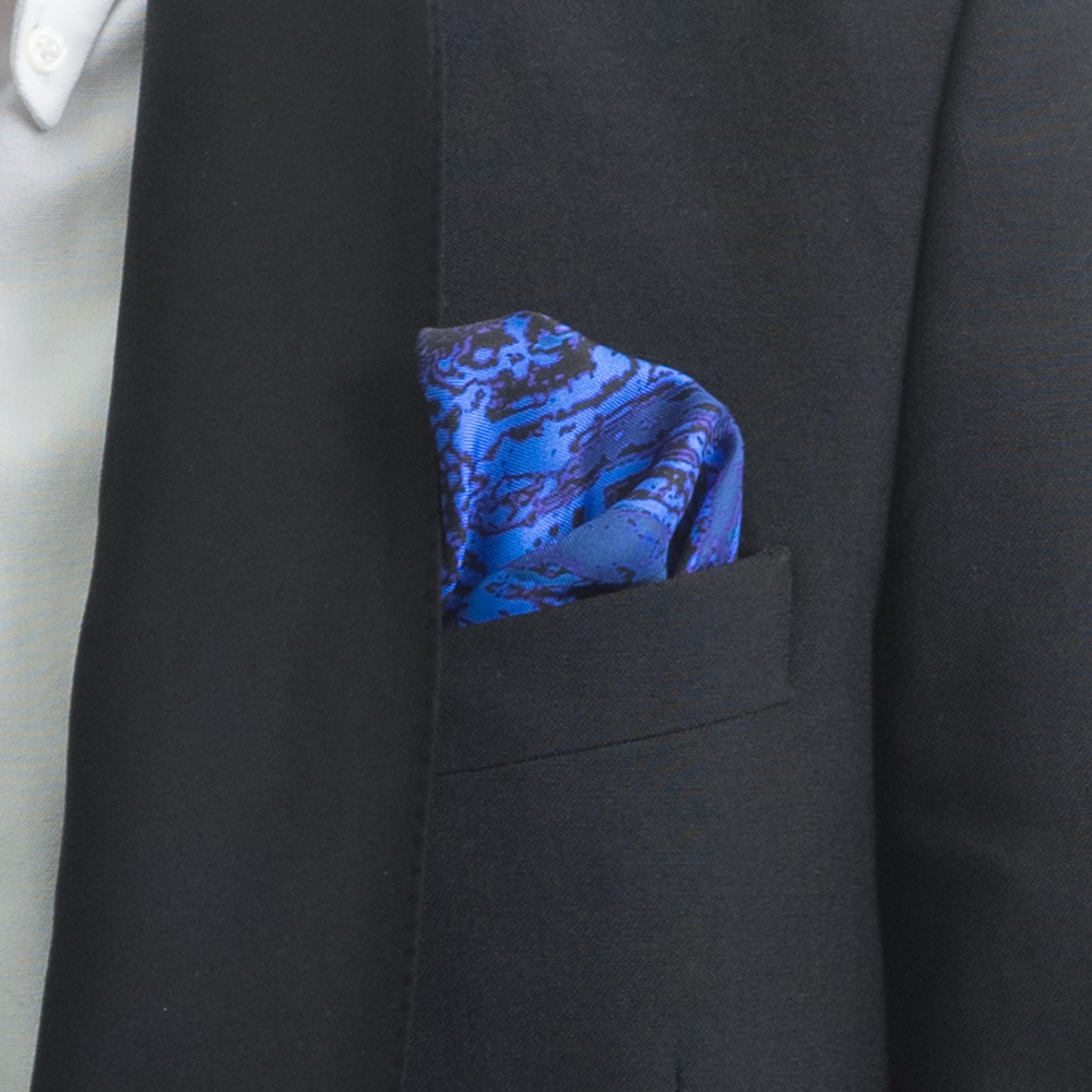 'MAD RED FLOWERS V' SILK TWILL POCKET SQUARE, DETAIL