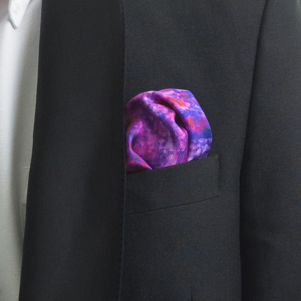'RIVER THROUGH A CURTAIN IV' SILK TWILL POCKET SQUARE, DETAIL