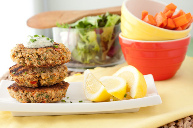 15-Minute Salmon Cakes with Fresh Tartar Sauce from Healthful Pursuit