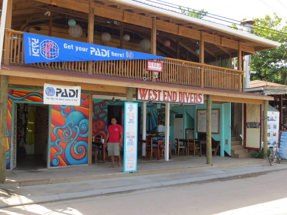 West End Divers Shop, Roatan