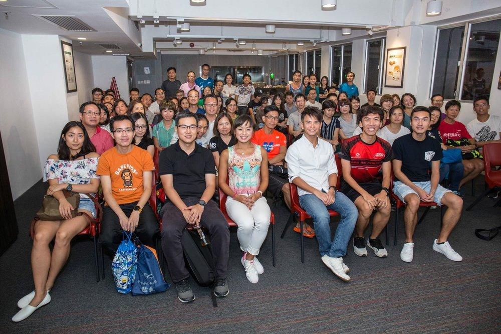 運動營養講座 - 本會於十月份舉行了運動營養講座,為同學帶來有關長跑的營養知識。講者Frankie Siu是香港營養學會候任會長。講座主要簡單介紹卡路里的計算與攝取,練習和比賽前中後的營養補充知識等等,同學們都獲益良多。