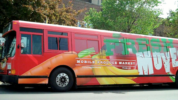 The Fresh Moves mobile market makes a stop at New Bethel Life Center. /Seeding Chicago photo