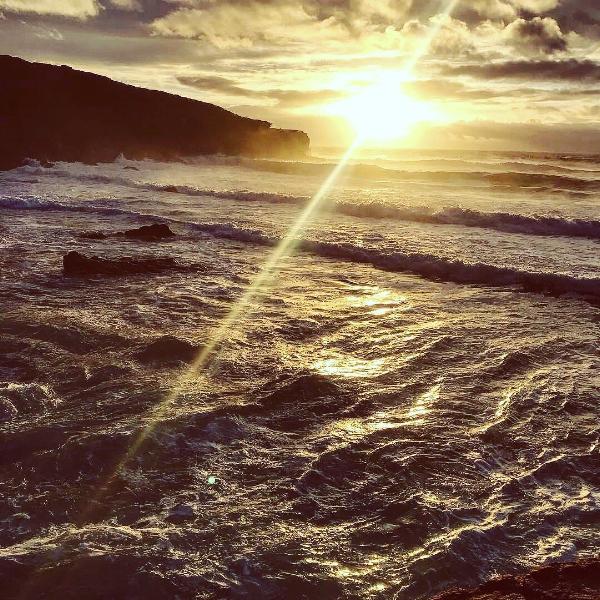 Uma praia do Sudoeste, Outubro 2018, pôr do Sol, cortesia de Alexis THOMAS.