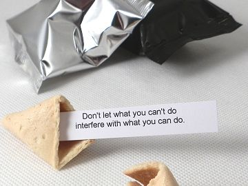 fortune cookies with motivational quotations