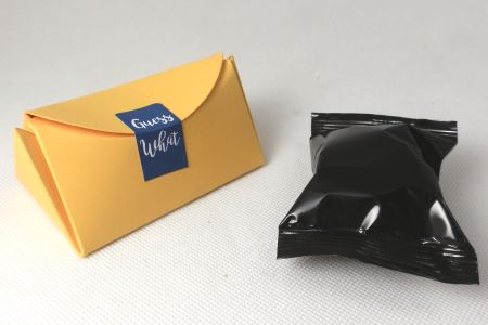 promotional fortune cookies - presentation boxes - triangular design