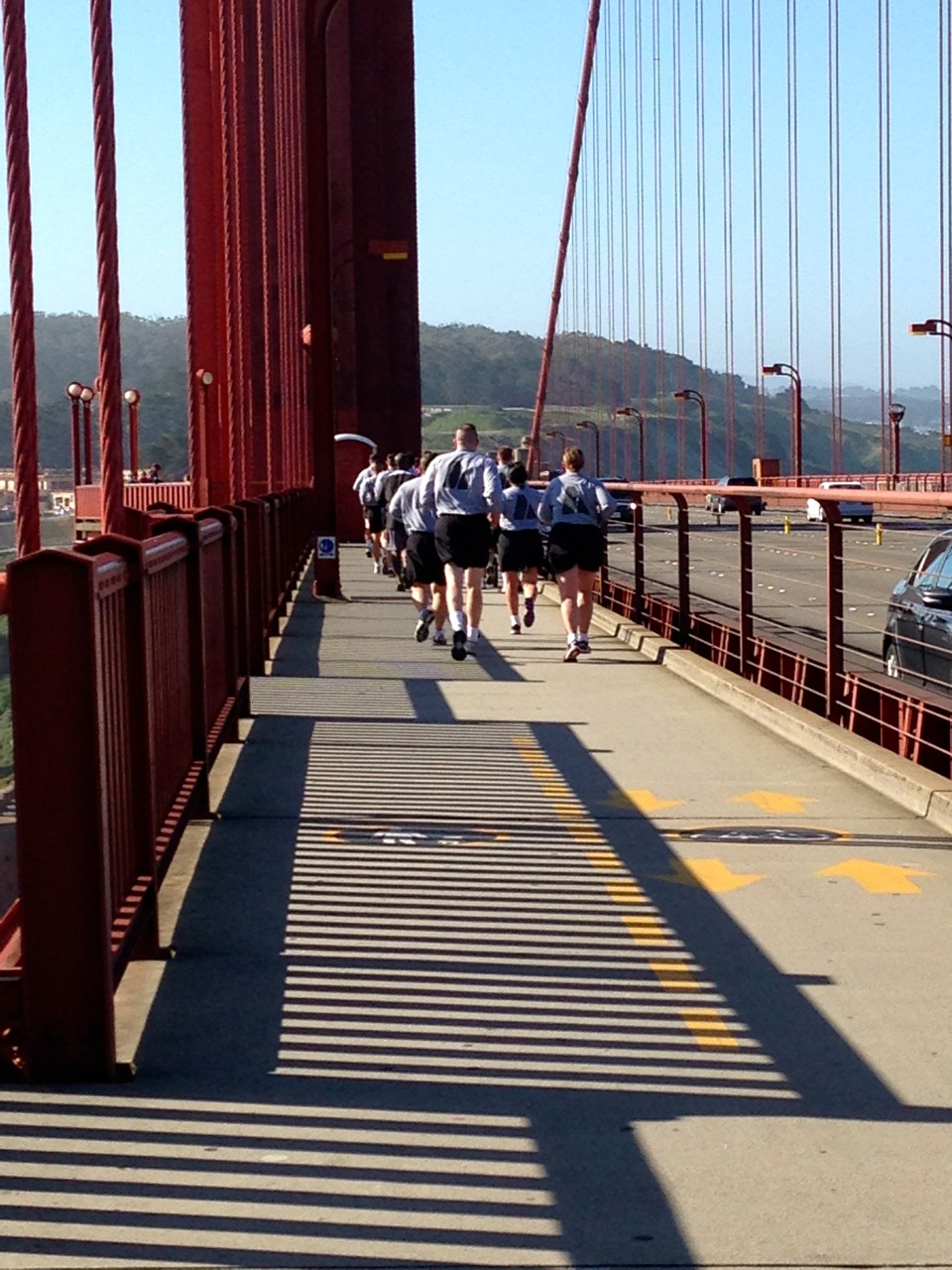 A group from the US Army running across the GGB