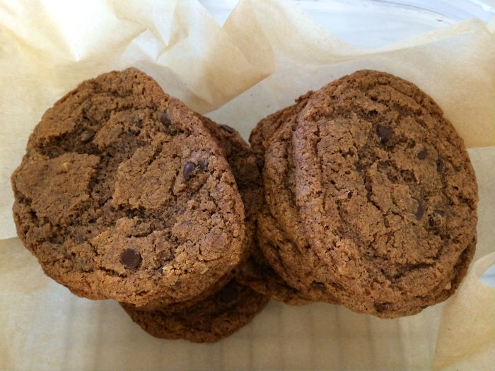 Paleo Almond Butter Cookies | The Tao of Me