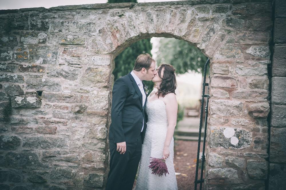 blencowe_hall_wedding_blencowe_lake_district_wedding-by-lindsleyweddings_0127.jpg