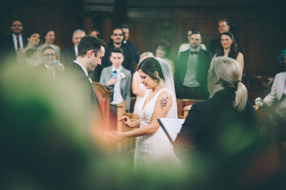 zetter-townhouse-wedding-photos-peasent-clerkenwell-wedding-by-lindsleyweddings_0024.jpg