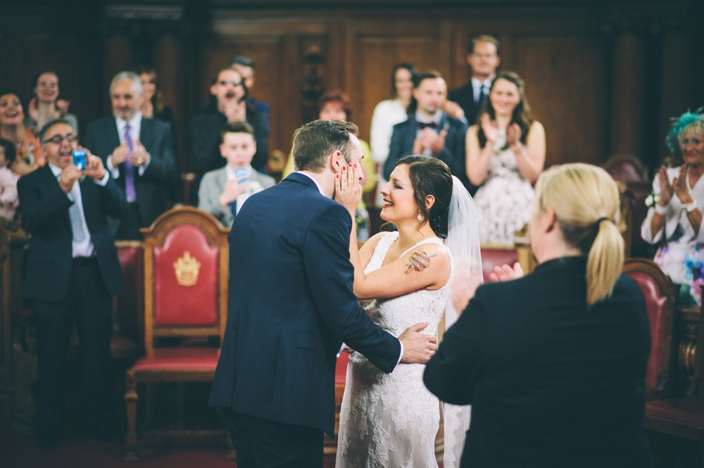 zetter-townhouse-wedding-photos-peasent-clerkenwell-wedding-by-lindsleyweddings_0026.jpg