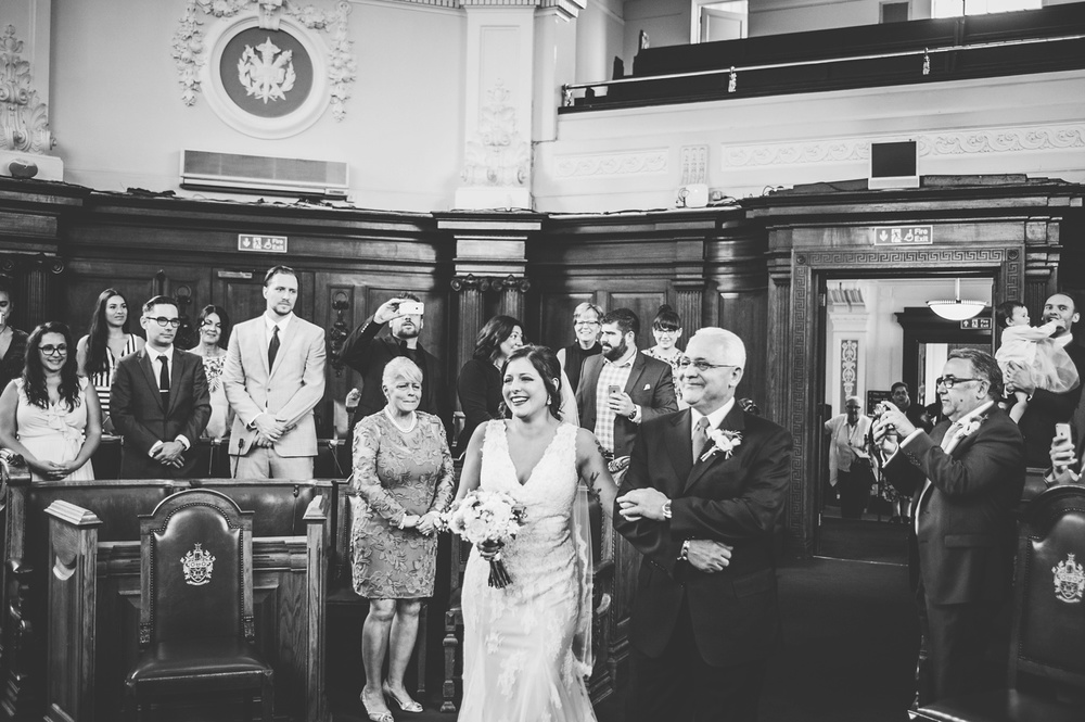 zetter-townhouse-wedding-photos-peasent-clerkenwell-wedding-by-lindsleyweddings_0054.jpg