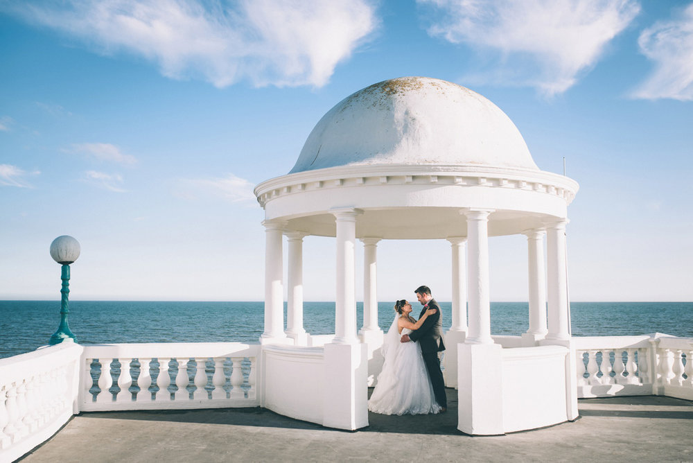 bexhill-on-sea-de-la-warr-pavillion-wedding-photos-photography-by-lindsley-weddings_0031.jpg