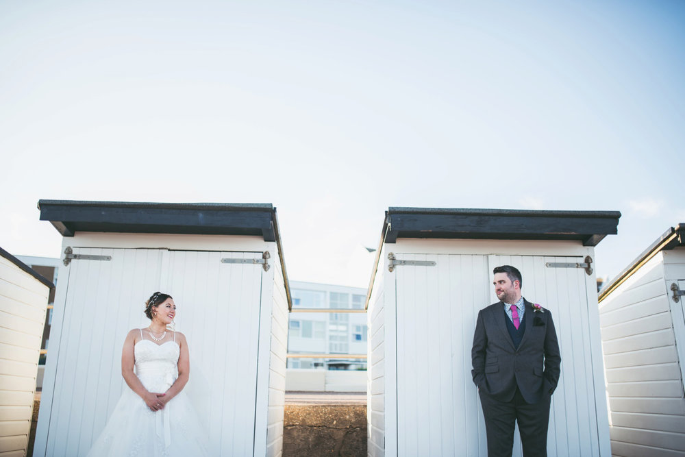 bexhill-on-sea-de-la-warr-pavillion-wedding-photos-photography-by-lindsley-weddings_0033.jpg