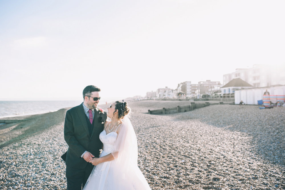 bexhill-on-sea-de-la-warr-pavillion-wedding-photos-photography-by-lindsley-weddings_0036.jpg