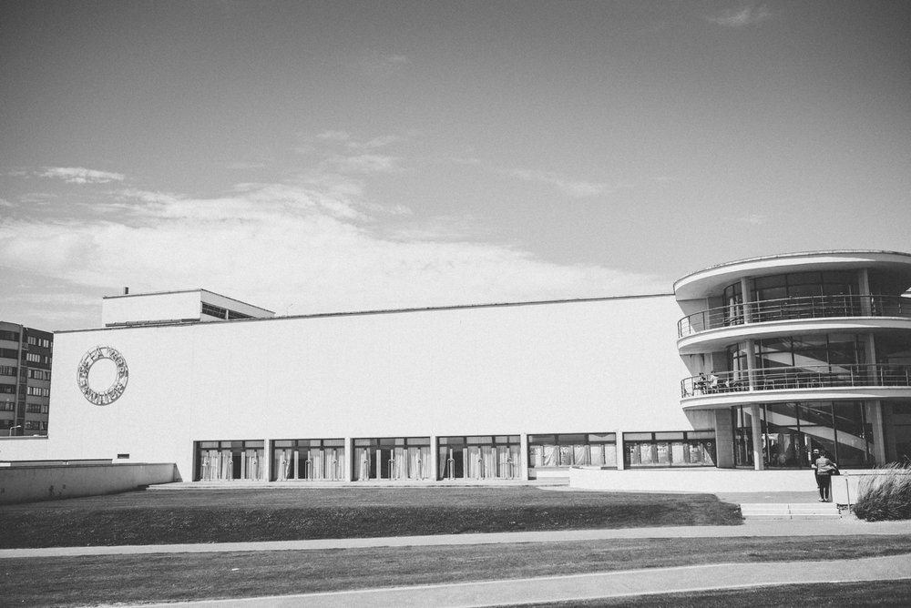 bexhill-on-sea-de-la-warr-pavillion-wedding-photos-photography-by-lindsley-weddings_0059.jpg