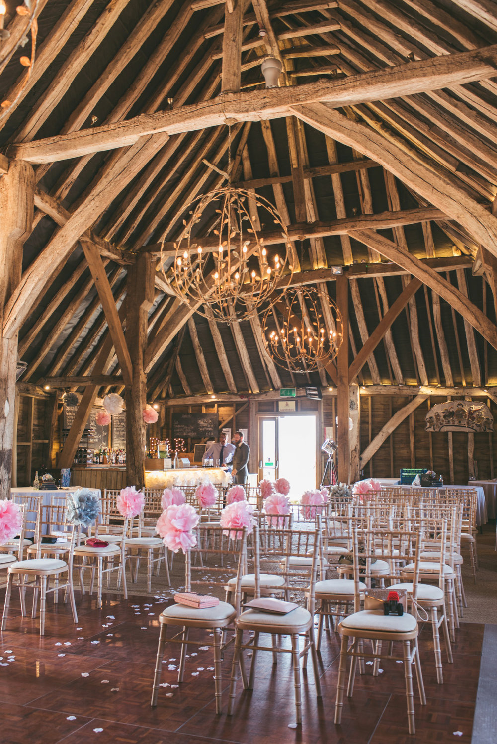 odos-barn-ashford-kent-wedding-photographer-odo's-barn-bilisington-by-lindsleyweddings_0076.jpg